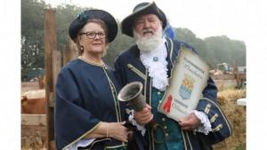 Ems-Zeitung - Marktschreier Geert Veen und Ehefrau